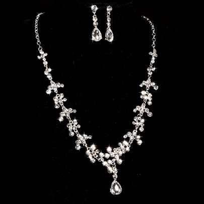 Alloy with Beading Wedding Jewelry Set(Including Necklace and Earrings)
