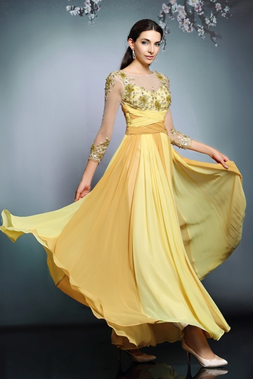 Round Neck Long Sleeves Appliques Evening Dress