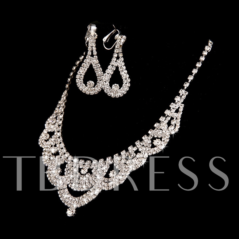 Silver Alloy with Rhinestone Wedding Jewelry Set (Including Necklace and Earrings)