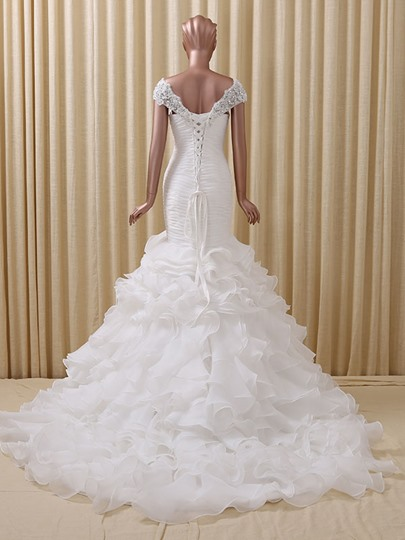 White Appliques Beading Ruched Trumpet/Mermaid Wedding Dress