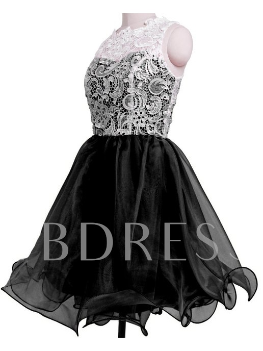 Round Neck A-Line Lace Button Short Homecoming Dress
