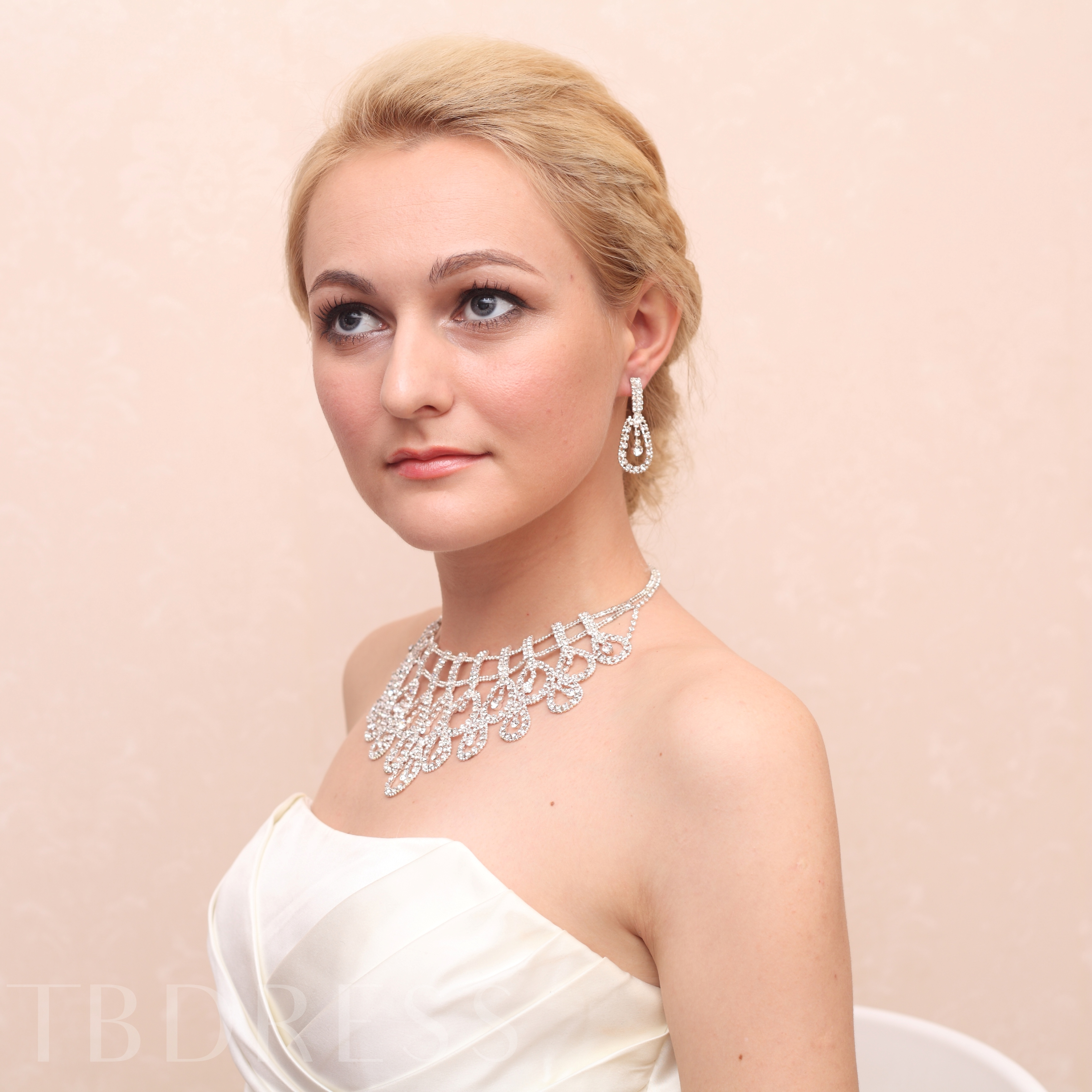 Wedding Bridal Jewelry Set with Shining Rhinestones (Including Necklace and Earrings)