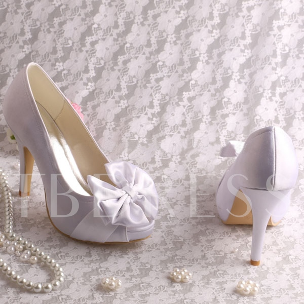 White Bowknot Closed Toe Stiletto Heel Wedding Shoes