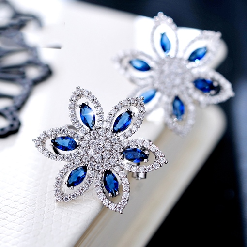 Dark Blue Daisy Shape Stud Earrings