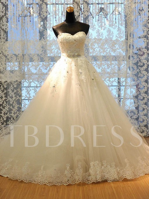 Sweetheart Appliques Beading Lace Wedding Dress