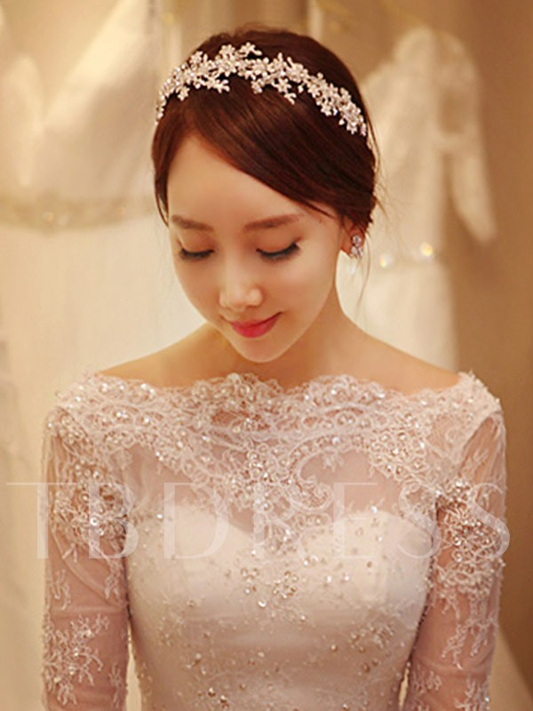 Bateau Neck Ball Gown Half Sleeves Lace Wedding Dress