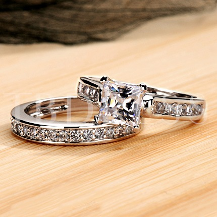 Square Simulation Diamond Wedding Ring Set