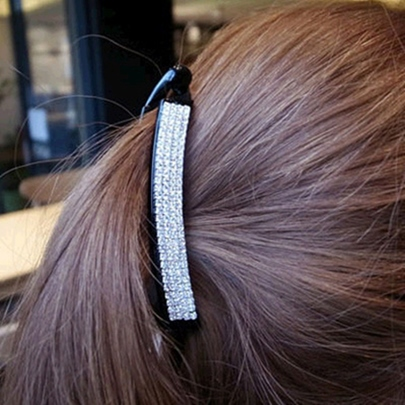 Contracted Diamond-Shaped Hair Clip