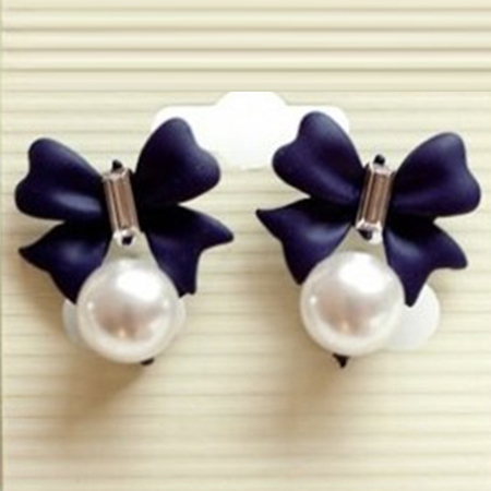Sweet Bowknot Pearl Pendant Earrings