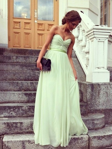 Pleats Sweetheart Long Bridesmaid Dress