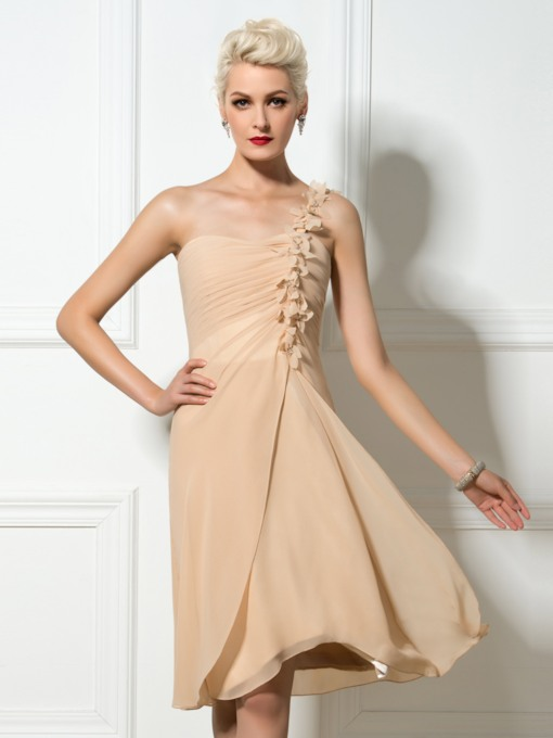 One-Shoulder Floral Applique Pleats Knee-Length Short Bridesmaid Dress