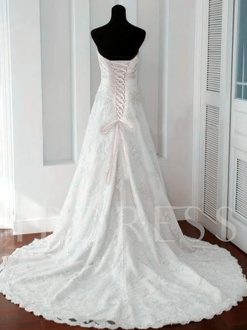 Sweetheart A-Line Appliques Wedding Dress