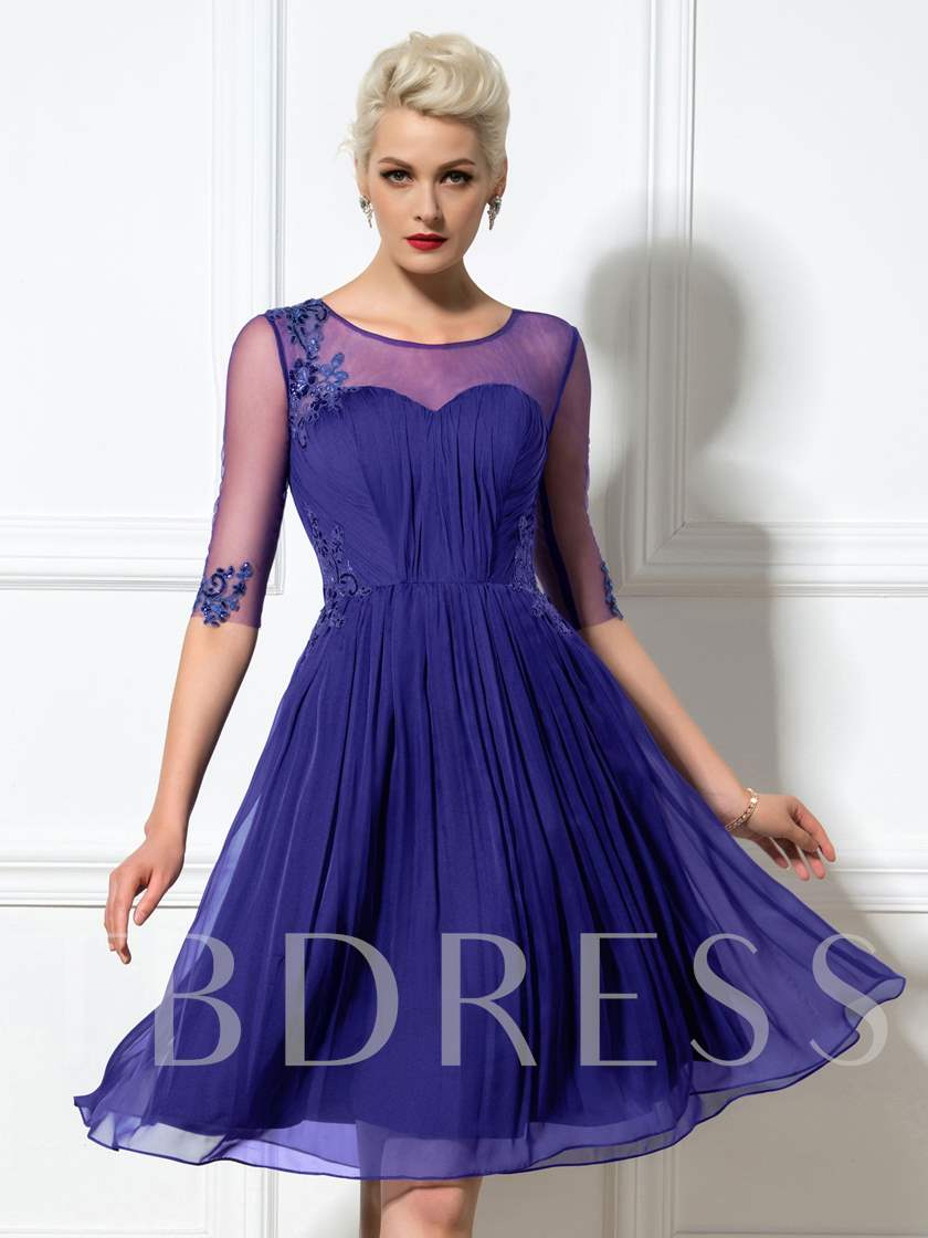 Appliques Sequins Knee-Length Half Sleeves Cocktail Dress