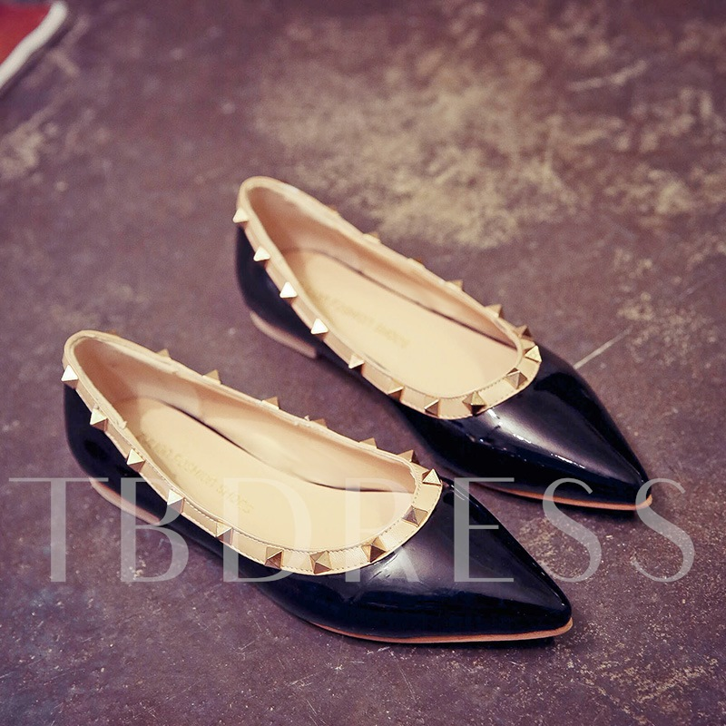 Rivets Closed Toe Low Heel Women's Flats
