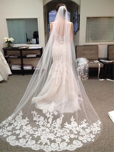 Gorgeous Appliques Lace Chapel Wedding Veil