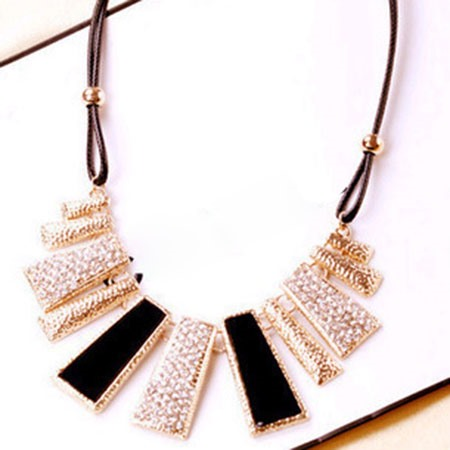 Rhinestone Geometrical Design Pendant Necklace
