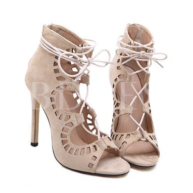 Hollow Heel Covering Peep Toe Women's Sandals (Plus Size Available)