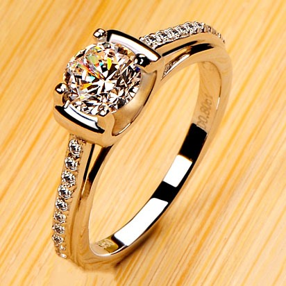 Shining Diamond-Shaped Engagement Ring