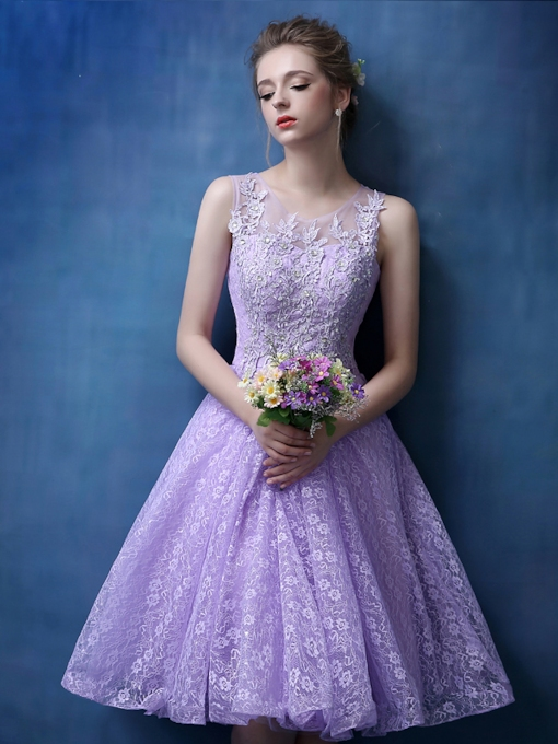 Round Neck A-Line Lace Appliques Beaded Short Homecoming Dress