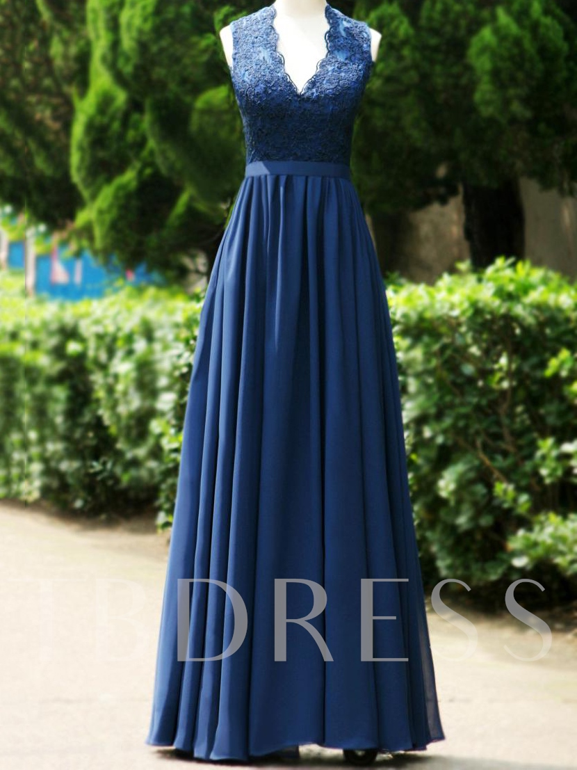 Open Back V-Neck Floor-Length Lace Bridesmaid Dress
