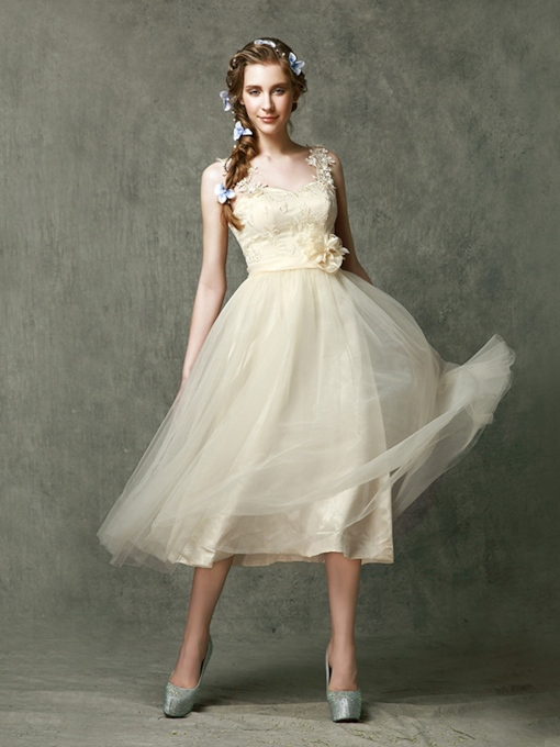 Straps Appliques Lace Tea-Length Short Bridesmaid Dress