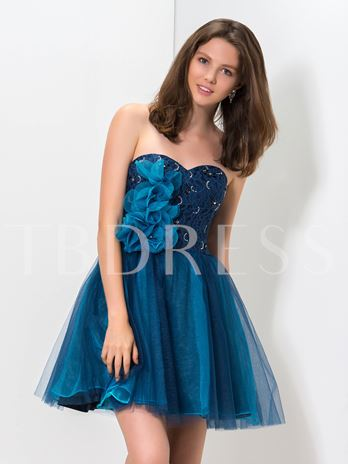 Sweetheart A-Line Lace Beaded Flowers Short Homecoming Dress