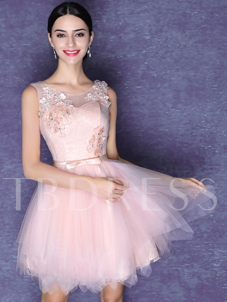 A-Line Scoop Neck Flowers Beaded Lace-Up Homecoming Dress