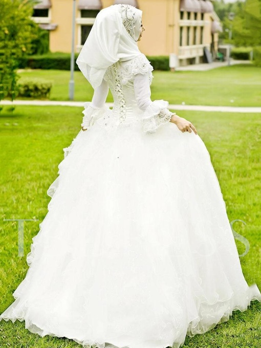 Modest Trumpet Sleeves Beading Arabic Muslim Wedding Dress