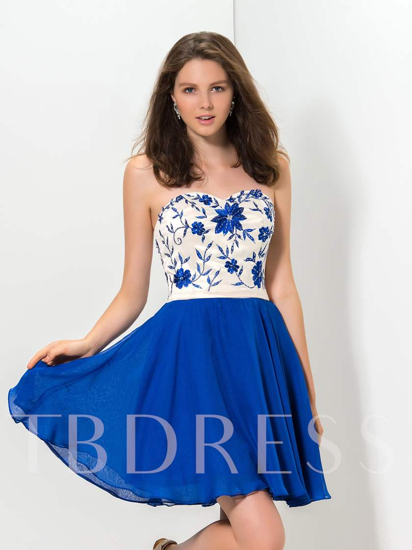 A-Line Sweetheart Appliques Homecoming Dress