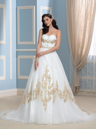 Sweetheart A-Line Gold Embroidery Beaded Bowknot Wedding Dress