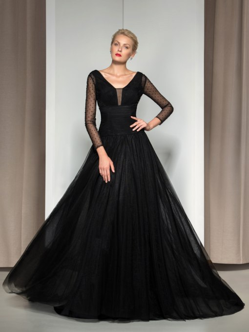 Long Sleeve Beading Dot Tulle Evening Dress