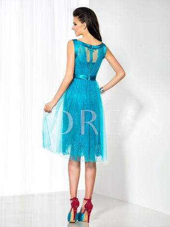 Bateau Neck A-Line Lace Knee-Length Cocktail Dress