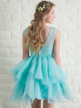 Round Neck Lace Bow Sashes Homecoming Dress