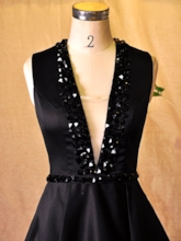 A-Line V-Neck Rhinestone Short Cocktail Dress