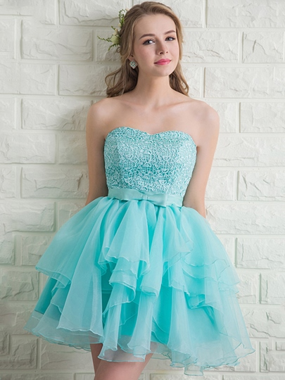 Sweetheart A-Line Lace Bow Homecoming Dress