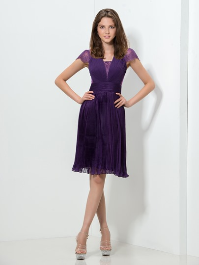 Cap Sleeve A-Line Lace Ruched Knee-Length Homecoming Dress
