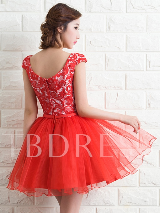 Cap Sleeve A-Line Lace Short Homecoming Dress