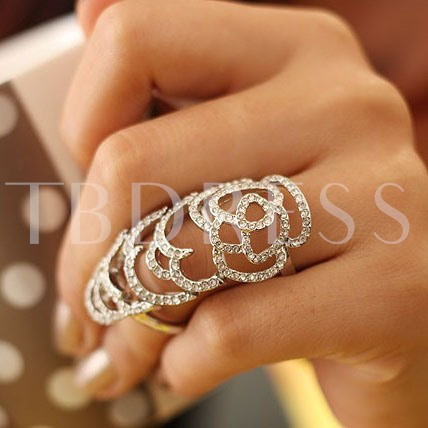 Roses Hollow Rhinestone Ring