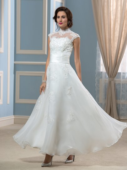 Vintage Choker Neck Ankle-Length A-Line Appliques Wedding Dress