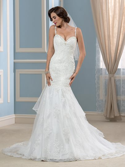 Spaghetti Straps Beaded Lace Backless Wedding Dress