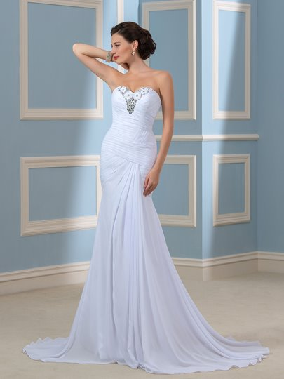 Sheath/Column Beaded Sweetheart Pleated Chiffon Beach Wedding Dress
