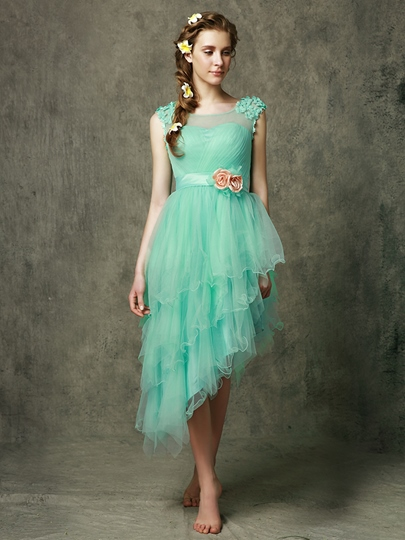 Asymmetry Tiered Short Beach Bridesmaid Dress