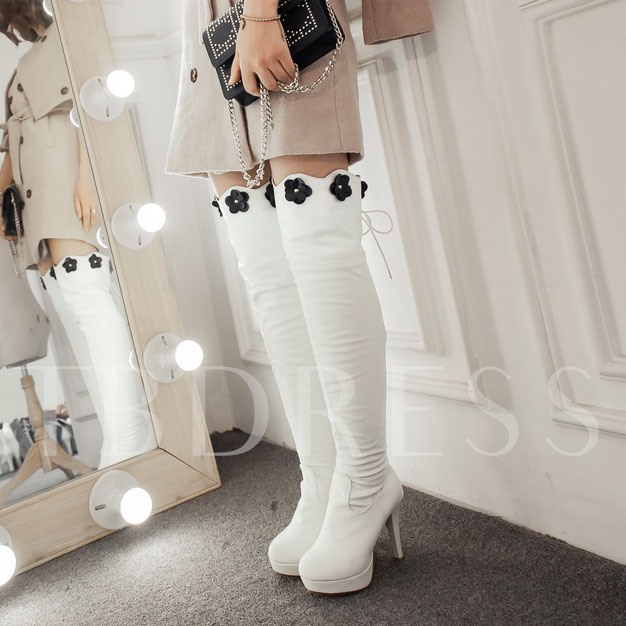 Appliques Knee-High Round Toe Women's Boots