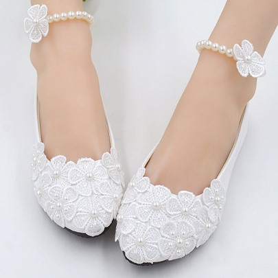 Slip-On Buckle Appliques Bead Round Toe Women's Wedding Shoes