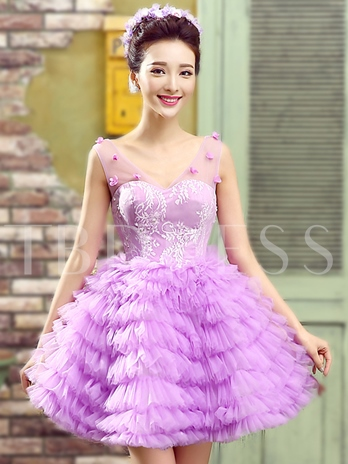 A-Line V-Neck Tiered Lace Homecoming Dress
