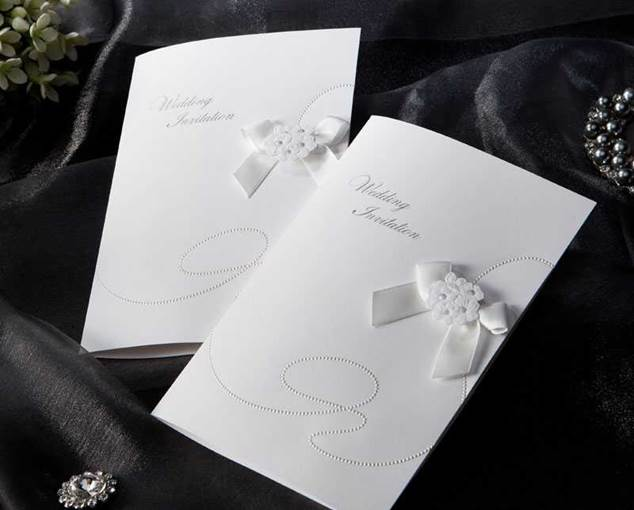 Beading Ribbon Bowknot Wedding Invitation Cards (20 Pieces One Set)