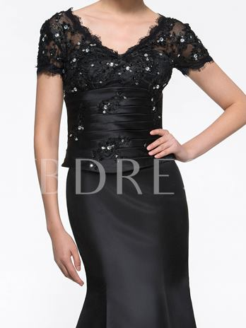 Short Sleeves V-Neck Beaded Lace Trumpet/Mermaid Mother of the Bride Dress