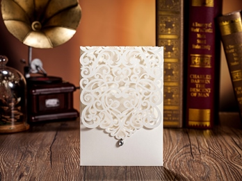 Lace Hollow-Out Wedding Invitation Cards (20 Pieces One Set)