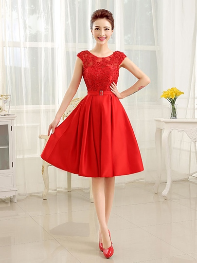 A-Line Appliques Knee-Length Cocktail Dress