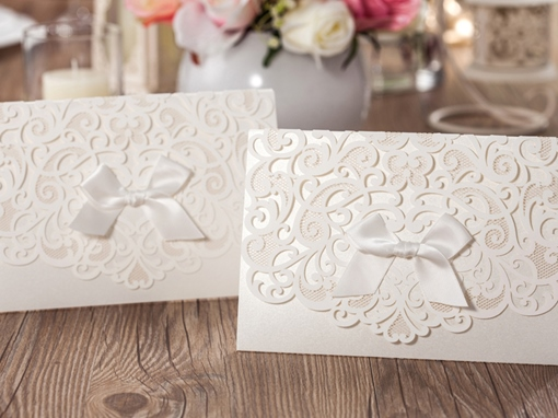 Beige Bowknot Hollow-Out Invitation Cards (20 Pieces One Set)